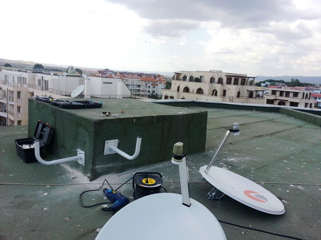 Монтаж на стойките на антените